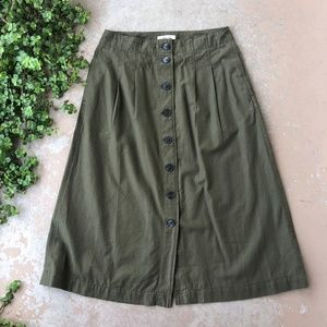 Madewell Patio Button-Front Midi Skirt in Kale